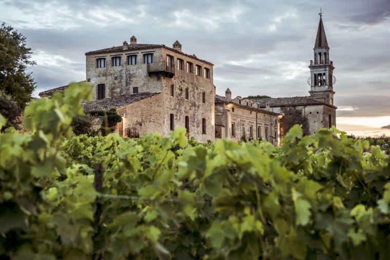 Castello di Semivicoli (2) [2400x1800]